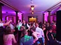 wedding-dancing-fun-ct-dj-michael-simonetta-for-vitos